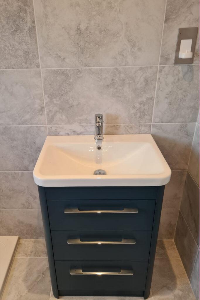 bathroom fitting sink